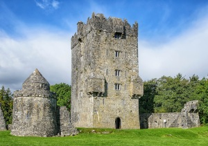Aughnanure-Castle-Oughterard-County-Galway